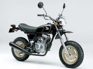 2003年 Ape50 Deluxe・カラーチェンジ