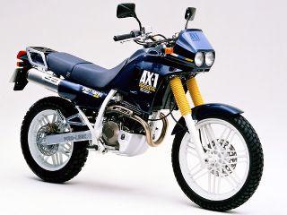 1987年 AX-1・新登場