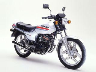 1982年 CB125T・フルモデルチェンジ