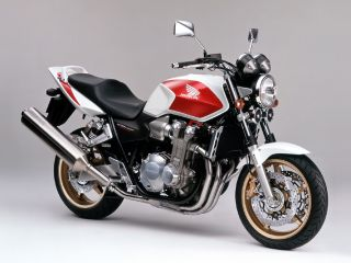 2005年 CB1300 SUPER FOUR ABS・新登場