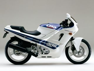 1986年 CBR400R・追加