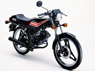 1980年 MB5・新登場