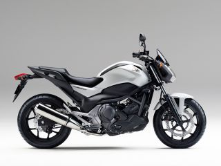 2014年 NC750S Dual Clutch Transmission ABS E Package・追加
