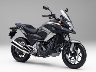 2014年 NC750X Dual Clutch Transmission ABS