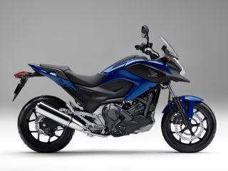 2014年 NC750X Dual Clutch Transmission ABS E Package・追加