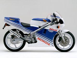 1988年 NSR250R・フルモデルチェンジ