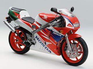 1993年 NSR250R・フルモデルチェンジ