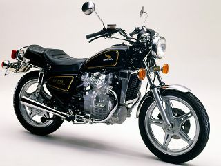 1979年 WING GL400 CUSTOM・新登場