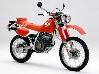 1988年 XLR250 BAJA・新登場