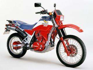 XLV750R