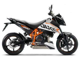 2010年 690 DUKE R・新登場