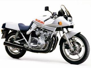 1982年 GSX1100S KATANA・新登場