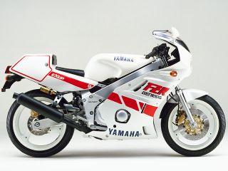 1987年 FZR400R・新登場