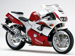 1990年 FZR400RR・新登場