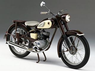 1955年 YA-1