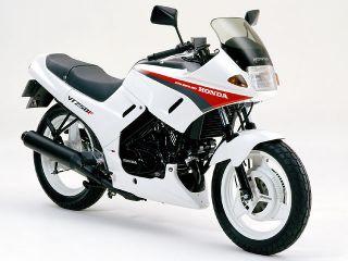 1986年 VT250F・フルモデルチェンジ