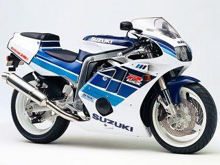 1990年 GSX-R400R・フルモデルチェンジ