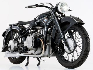 1935年 R12・新登場